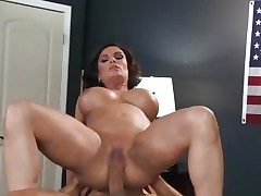 Sizzling Diamond Foxxx gets dicked up her juicy snatch