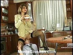 Christie&Richard anal mom on movie scene