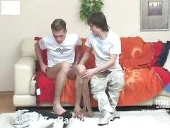 Tommy&Desmond gay pantyhose sex clip