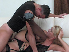 Dolled-up mama makes her snatch willing for a rock-hard shaft of a hung dude
